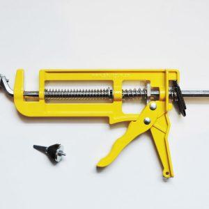 Shutgun concealed head tool for emergency fire sprinkler shut off